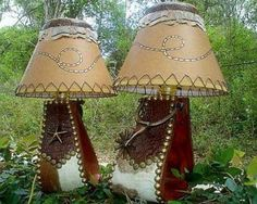Western Stirrup Lamp with Spurs Western Lamps, Western Decor, Country Decor, Rustic Decor, Coastal Country, Western Crafts, Ranch Decor, Western Furniture, Rustic Feel