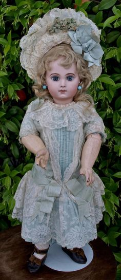 Antique bisque doll EJ depose' Jumeau , size 9 , high 21 inches (53 from guermantes on Ruby Lane
