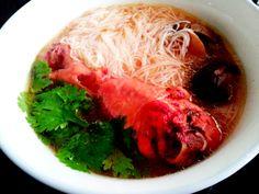 Ang Jiu Chicken Soup with Mee Sua