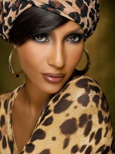 """Iman: """"A self-esteem issue doesn't change whether you're considered beautiful or not because it's about what's inside you,"""" My Black Is Beautiful, Beautiful People, Most Beautiful, Beautiful Women, Animal Print Fashion, Fashion Prints, Animal Prints, Leopard Prints, Cheetah Print"""