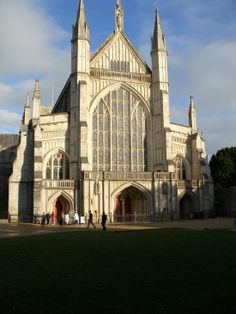 Winchester Cathedral - Hampshire, England | Incredible Pictures