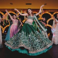 Shop from an exclusive range of luxurious wedding dresses & bridal wear by Anita Dongre. Bring home hand-embroidered wedding wear in colors inspired by nature. Buy now. Designer Bridal Lehenga, Indian Bridal Lehenga, Indian Bridal Outfits, Indian Designer Outfits, Indian Dresses, Bridal Dresses, Designer Dresses, Designer Wear, Bridal Mehndi
