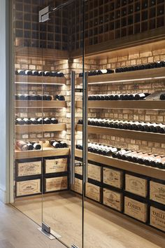 I like the idea of ​​using glass for the wine cellar. * N- Ich mag die Idee, Glas für den Weinkeller zu verwenden. * N I like the idea of ​​using glass for the wine cellar. Glass Wine Cellar, Home Wine Cellars, Wine Cellar Design, Wine Cellar Modern, Wine Bar Design, Caves, Bodega Bar, Wine Cellar Basement, Casa Top