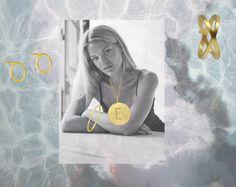 Styling by emmarose showing Wire Bracelet Gold, Basic wonder Ear Studs Small Gold, Cross Ring Gold and Letter Pendant E Gold #jewellery #Jewelry #bangles #amulet #dogtag #medallion #choker #charms #Pendant #Earring #EarringBackPeace #EarJacket #EarSticks #Necklace #Earcuff #Bracelet #Minimal #minimalistic #ContemporaryJewellery #zirkonia #Gemstone #JewelleryStone #JewelleryDesign #CreativeJewellery #OxidizedJewellery #gold #silver #rosegold #hoops #armcuff #jewls #jewelleryInspiration…