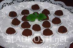 Marcipánové brambůrky s mandlemi Muffin, Breakfast, Food, Morning Coffee, Essen, Muffins, Meals, Cupcakes, Yemek