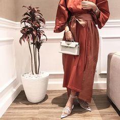 IG: FatmaAltaher    IG: BeautiifulinBlack    Modest Fashion    Arab Fashion, Muslim Fashion, Fashion Women, Modest Wear, Modest Outfits, Modest Clothing, Modesty Fashion, Fashion Dresses, Hijabi Gowns