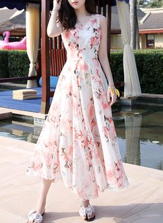 \nthe dress is floral printed and slim. Frock Fashion, Indian Fashion Dresses, Girls Fashion Clothes, Fashion Outfits, Stylish Dresses, Elegant Dresses, Cute Dresses, Summer Dresses, Ladies Dresses