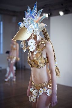 Lovin' the head piece and the hexagons, heh.    Fred Butler -- s/s 2013 at LFW