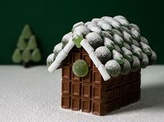 Forget gingerbread, chocolate is the way to go! These Fazer chocolate houses look delicious. Christmas Goodies, All Things Christmas, Winter Christmas, Christmas Home, Christmas Cards, Christmas Decorations, Xmas, Chocolate House, Christmas Cooking