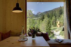Einzigartiger Ausblick aus dem Felsenturm im Gesundheitsresort Tannerhof südlich von #München in #Bayern - #Urlaub mitten in der #Natur am Fuße des Wendelstein. #Auszeit #Erholung #Reisen