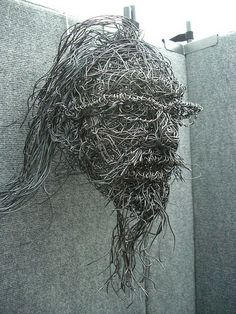 33 Amazing Diy Wire Art Ideas  ME? CELTIC STYLE 'OL MAN OR OLD WOMAN ..OF RIVER LORE, THEY DO NOT NEED GLASSES(:
