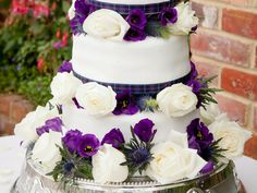 Scottish wedding cake - granted, a bit girlie without a pirate twist, but man it's pretty.