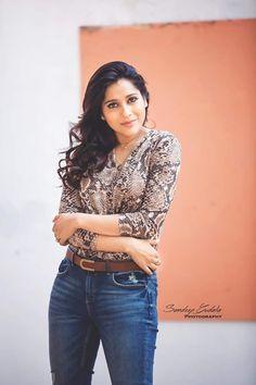 Indian Actress Photos, Indian Bollywood Actress, Indian Actresses, Bridal Blouse Designs, Indian Girls, Indian Beauty, Ruffle Blouse, Mango Necklace