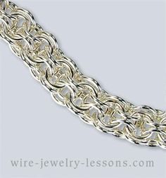 Open Round Chain-maille Bracelet - I bet this feels awesome!
