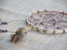 DIY Dream Catcher by Moonfrye.com