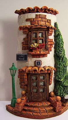 Risultati immagini per tejas decoradas cocinas Tile Crafts, Clay Crafts, Diy And Crafts, Clay Fairy House, Fairy Houses, Clay Wall Art, Clay Art, Doll House Crafts, Clay Flower Pots