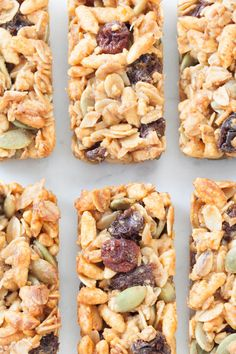 A perfectly portioned, honey-sweetened granola bar perfect for lunches or when you are on the go. One recipe makes 30 mini bars! Good and fast. Healthy Granola Bars, Vegan Granola, Healthy Protein Snacks, Healthy Breakfasts, High Protein, Epicure Recipes, Snack Recipes, Cooking Recipes, Healthy Recipes
