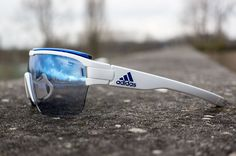 Adidas Eyewear's all new Zonyk Aero Pro glasses with their Vario lens. Made for speed as they say, but also has a very wide range of vision thanks to the half rim frame. Used by Team  Movistar  |  More details on Racefietsblog.nl