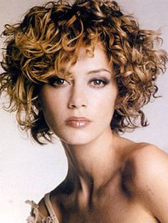 30 best short curly hair short hairstyles 2015 2016 most short curly hairstyles for women Short Curly Hairstyles For Women, Girls Short Haircuts, Curly Hair Cuts, Cute Hairstyles For Short Hair, Short Hair Cuts For Women, Curly Hair Styles, Natural Hair Styles, Curly Short, Medium Curly