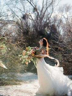 Textural and earthy bouquet and floral installation by The Potted Pansy and Rooted Willow | windy winter elopement in the desert | www.kristenkayphotography.com - Kristen Kay Photography | View more on Southwest Wed Outdoor Wedding Photography, Bridal Photography, Photography Ideas, Autumn Bride, Autumn Wedding, Rustic Bohemian Wedding, Bride And Groom Pictures, Fall Wedding Decorations, Bridal Shoot