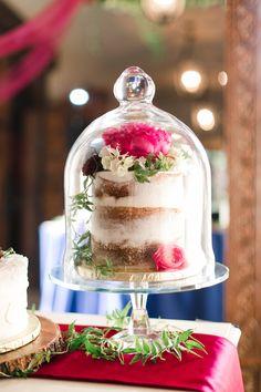 WEDDING CAKE: UPTOWN
