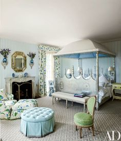 Charming and distinctive canopied bed in THE SOUTHAMPTON HOME MARIO DESIGNED FOR WILBUR AND HILARY ROSS THAT WAS RECENTLY FEATURED IN ARCHITECTURAL DIGEST. HAPPY HOUSE - Mark D. Sikes: Chic People, Glamorous Places, Stylish Things