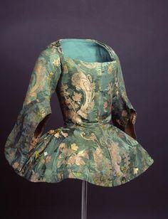 Casaca (Jacket), Spain, French silk, ca. 1730 -1740  CE000619 (c) Museo del Traje