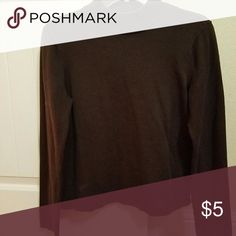 Brown long sleeve turtle kneck Brown long sleeve turtle neck, Size small Multiples Sweaters Cowl & Turtlenecks