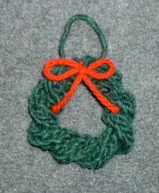 Christmas Wreath Ornament Knitting Pattern