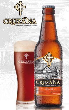 Cerveja Cruzana Red Ale, estilo Amber Lager, produzida por Cervecería Santa Cruz, Chile. 5% ABV de álcool.