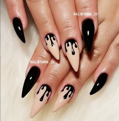 39662698115_6518e88a24_o +77 BLACK AND WHITE NAILS PHOTOS 2018 Nail Art white photos nails Gel Nail Designs 2018 black 2018