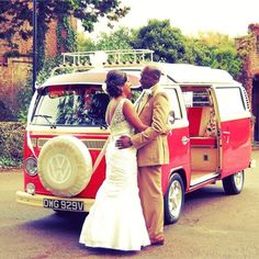 Nontraditional transport is becoming increasingly popular! The VW camper-van is so unique and is an extra personal touch added to the day! Rome Travel, Travel Usa, Wedding Car Hire, Wedding Transportation, Winter Travel Outfit, National Parks Usa, Diy Car, Questions To Ask, Vw Camper