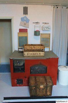 punainen,kyltti,matto,kodinhoitohuone,puuhella Laundry, Retro, Laundry Room, Laundry Service, Retro Illustration, Wax, Mid Century