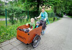 Sprzedali samochód i jeżdżą rowerami, nawet w zimie | iWoman.pl