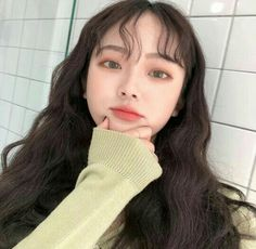cute girl ulzzang 얼짱 hit fit pretty kawaii adorable beautiful korean japanese asian soft grunge aesthetic 女 女の子 g e o r g i a n a : 人 Korean Girl Cute, Korean Girl Ulzzang, Korean Make Up, Asian Girl, Korean Makeup Look, Asian Makeup, Korean Beauty, Asian Beauty, Ulzzang Makeup