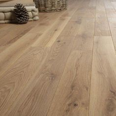 parquet_massif_chene_aspect_brut_huile_xs_massif_valence Source by patricknamura Wood Parquet, Timber Flooring, Parquet Flooring, Hardwood Floors, Interior Decorating Styles, Living Room Accents, Cozy Living, Modern Room, House Design