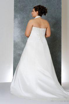 2013  Plus Size Wedding Dresses A Line Halter Court Train Satin Lace Up