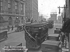 SLX   The Old MotorThis photo depicts the Washington Ave. to North 4th Street streetcar line as it meets the Eads Bridge Station. The photo is dated 1924 and addition to the streetcars, three double-decker buses that were the competition at the time can also be seen. You can learn much more about the St. Louis streetcars here.  The photos are courtesy of Joe Sonderman