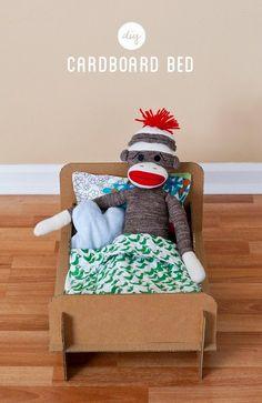 Cara Membuat Kerajinan Tangan Dari Kardus - Tempat Tidur Kardus. Berikut ini tutorial cara membuat tempat tidur mainan anak-anak www.Kerajinantangann.blogspot.com #kerajinantangan #kerajinantangandarikardus #kerajinantanganyangmudah #kardus #karton