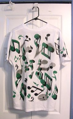 Music Notes worn in black and green