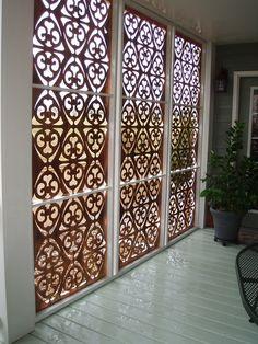 Unique deck privacy done by Parasoleil. Patio ideas, architecture, design