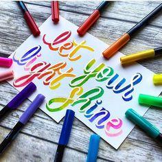 handlettering: let your light shine How To Write Calligraphy, Calligraphy Handwriting, Calligraphy Quotes, Calligraphy Letters, Brush Lettering Quotes, Hand Lettering Alphabet, Lettering Styles, Tombow Brush Pen, Creative Lettering