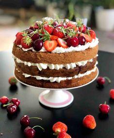 O tomto dortu se traduje, že patřil mezi oblíbené dobroty královny Viktorie. Tiramisu, Smoothie, Cheesecake, Deserts, Cookies, Ethnic Recipes, Sweet, Yummy Yummy, Smoothies