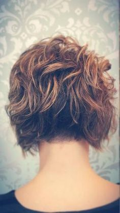 Brown-Curly-Bob-Hair-Back-View Best Short Brown Haircuts 2019 Best Short Brown Haircuts Short brown hairstyles are a good base for sweet, cute, sassy and creative looks. Short Brown Haircuts, Angled Bob Haircuts, Stacked Bob Hairstyles, Curly Bob Hairstyles, Short Hair Cuts, Curly Hair Styles, Brown Hairstyles, Fine Hair, Wavy Hair