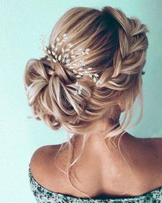 Wedding hair piece Bridal hair piece Bridal hair comb Silver Wedding hair comb W. Wedding hair piece Bridal hair piece Bridal hair comb Silver Wedding hair comb W… Wedding hair Diy Wedding Hair, Wedding Hairstyles For Long Hair, Box Braids Hairstyles, Wedding Hair Pieces, Wedding Hair And Makeup, Gown Wedding, Wedding Cakes, Wedding Ideas, Wedding Rings