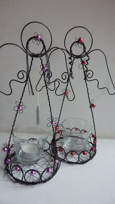 andělský svícen Angel Crafts, Burlap Christmas, Wire Work, Diy Projects To Try, Wire Wrapping, Recycling, Candle Holders, Sculptures, Wall Decor