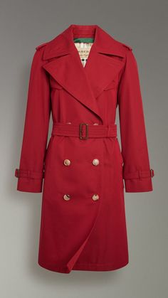 e75f2474b62f Oversized Lapel Cotton Gabardine Trench Coat in Parade Red - Women |  Burberry United States Наряд