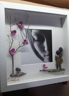 https://www.etsy.com/listing/579545218/personalised-photo-frame-pebble-art