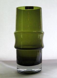 1476 - Tamara Aladin, 1966 Lassi, Mid Century Modern Design, Aladdin, Green Colors, Finland, Mid-century Modern, Glass Art, Vintage Items, Nostalgia