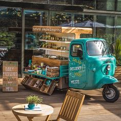 Ideas Food Truck Design Piaggio Ape For 2019 Coffee Truck, Coffee Carts, Coffee Shop, Food Trucks, Mobile Cafe, Mobile Shop, Pop Up Restaurant, Restaurant Recipes, Cafe Bar